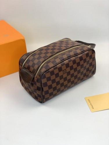 Барсетка Louis Vuitton коричневая шашка