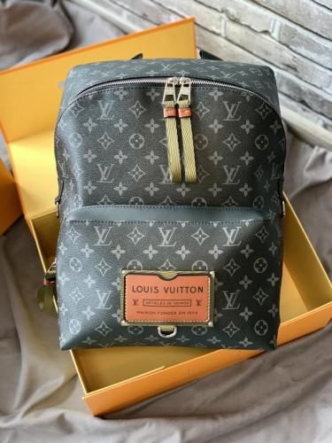 Рюкзак Louis Vuitton Discovery серый монограмм с логотипом