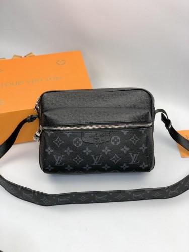 Мессенджер Louis Vuitton черный монограмм