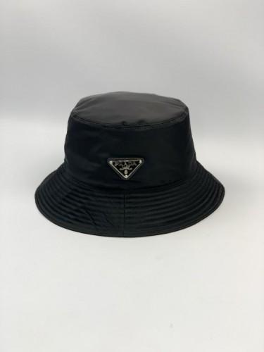 Панама Prada черного цвета