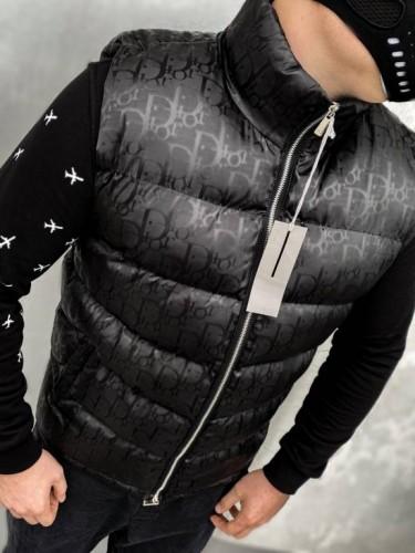 Жилет Dior черного цвета