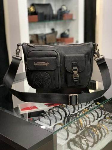 Мессенджер Chrome Hearts черного цвета большие боковые карманы