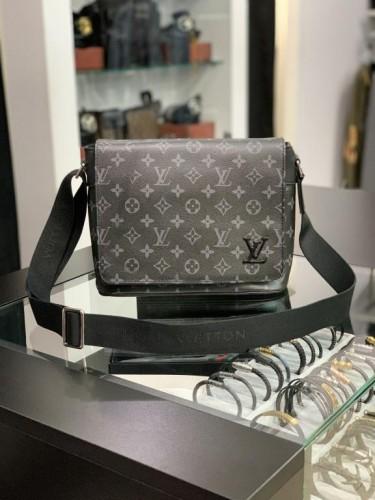 "Мессенджер Louis Vuitton серый монограмм с логотипом ""LV"""