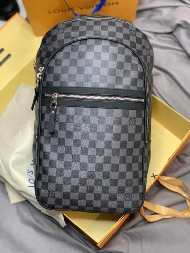 Рюкзак Louis Vuitton серая шашка